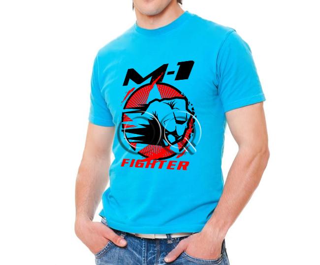 Голубая футболка